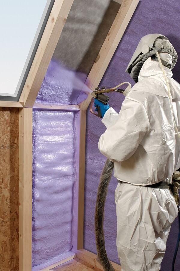 A Guide to Choosing the Right Ceiling Insulation